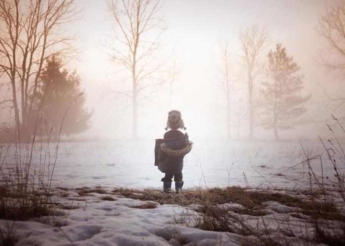 The Magic Between the Seasons by Megan Loeks