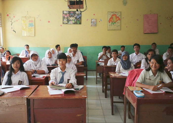Happy Indonesian Classroom As The School Day Comes To An End by Joanna Polling