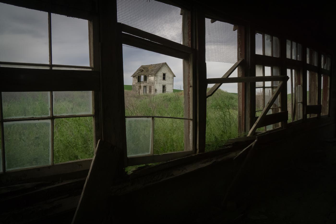 Spiegel_Abandoned Dairy Farm Endicott Washington USA
