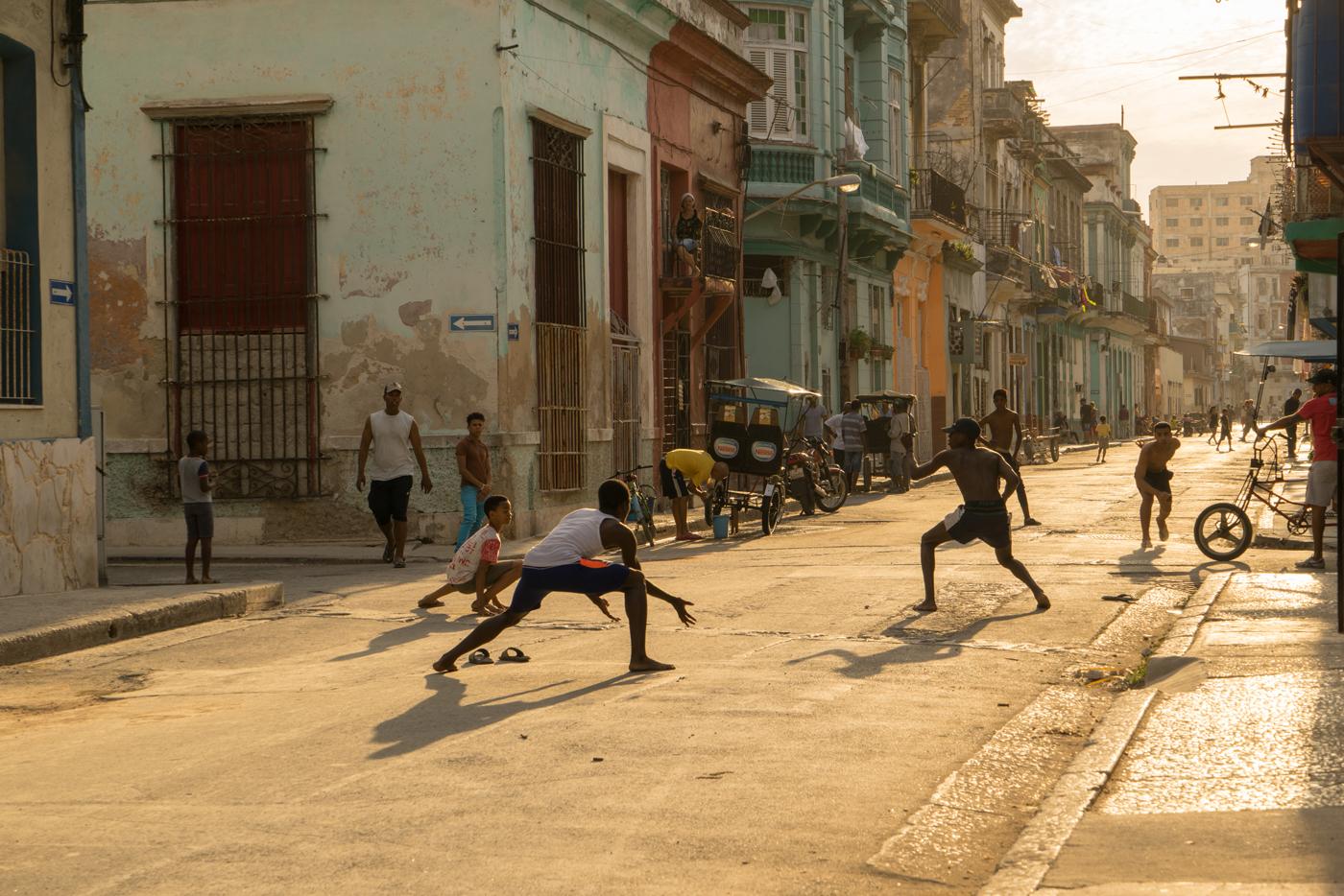 Stefanelli_Street Play
