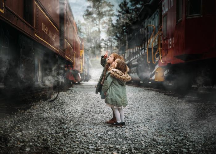 EldridgeE-TheChristmasTrain-Storytelling