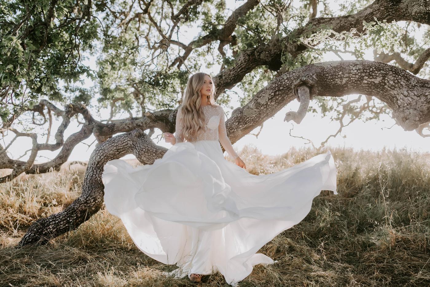 LowryA-FairytaleBride-Movement