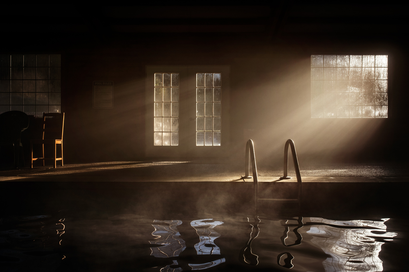 SelleckA-WinterMorningPool-BeautifulLight