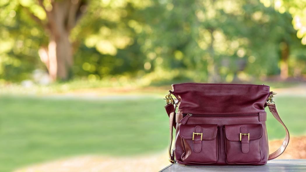 2-gracie-abby-marsala-jototes-camera-bag-women-photo