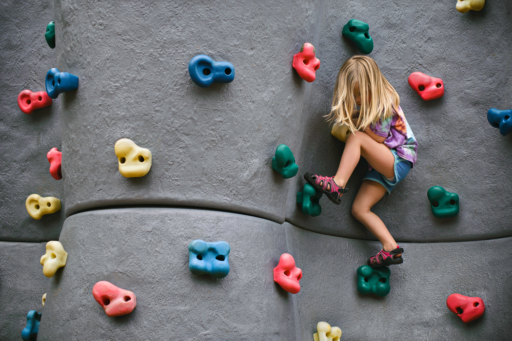 5-playground-rock-climbing-summer-photo-ideas