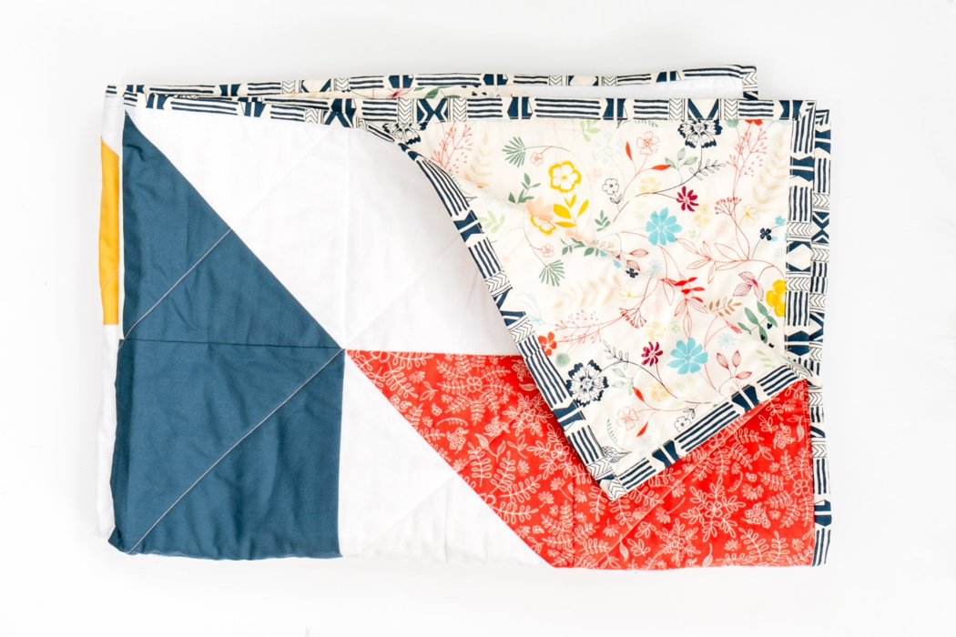 Our Favorite quilts for outdoor family photo sessions