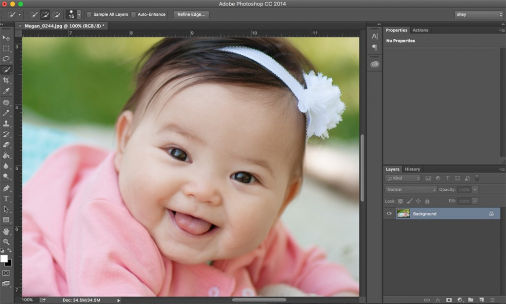 how to zoom in 100% on a photo in Photoshop by Shey Detterline