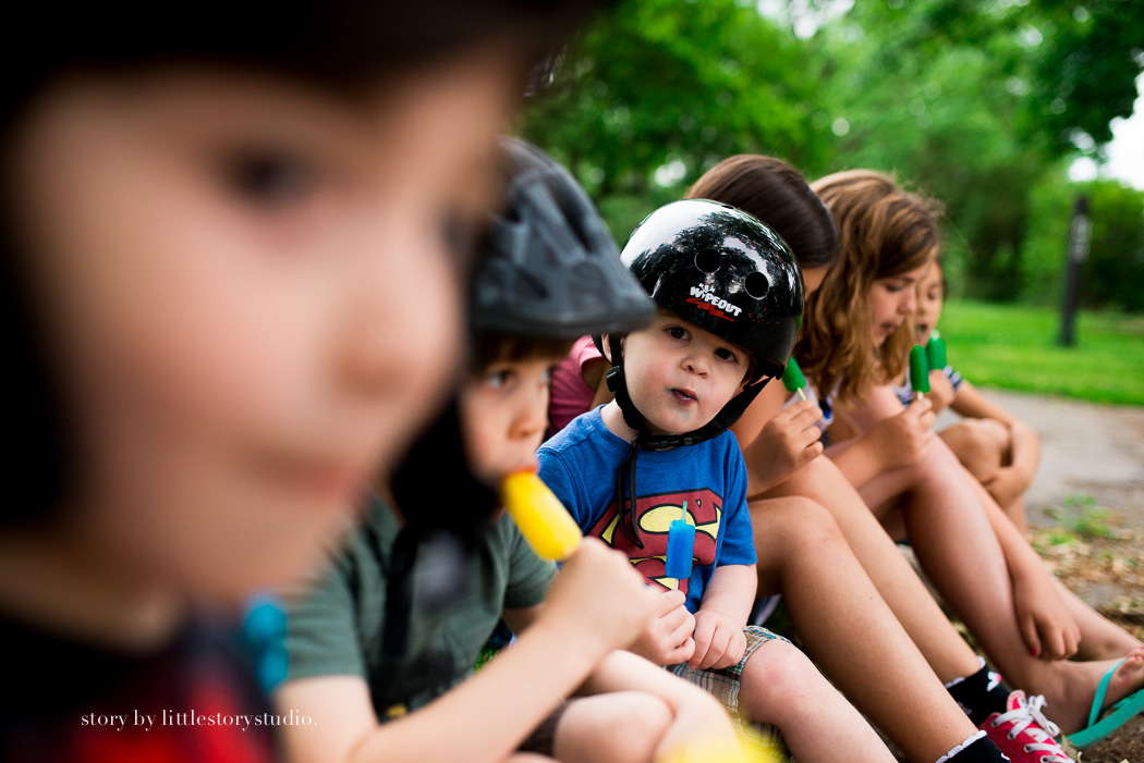 picture of kids eating popsicles by Andrea Moffatt