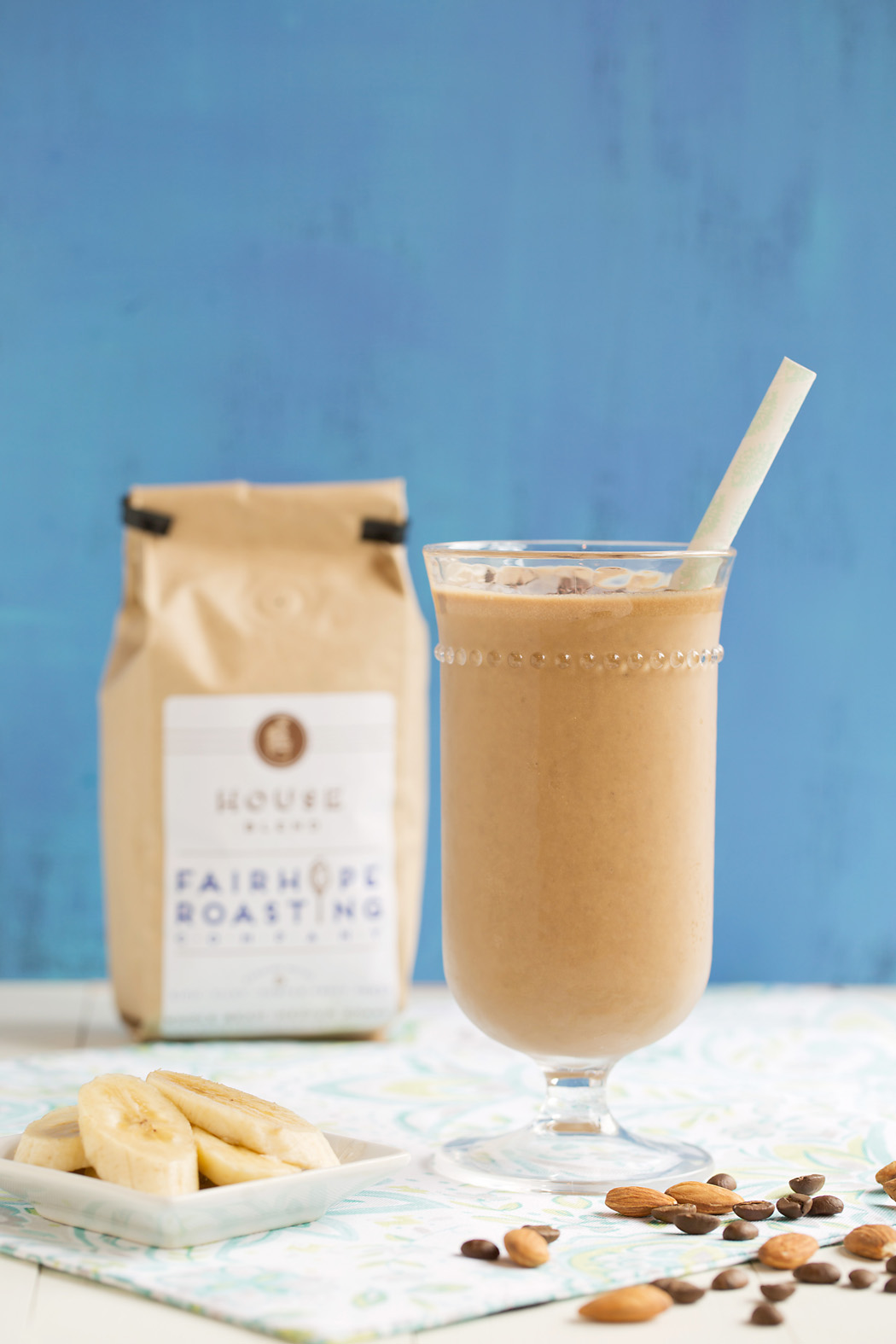 almond milke coffee banana and chocolate smoothie by Elizabeth Gelineau