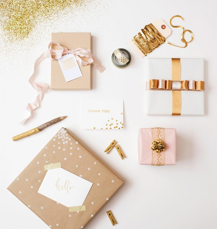 pink and gold photography packaging