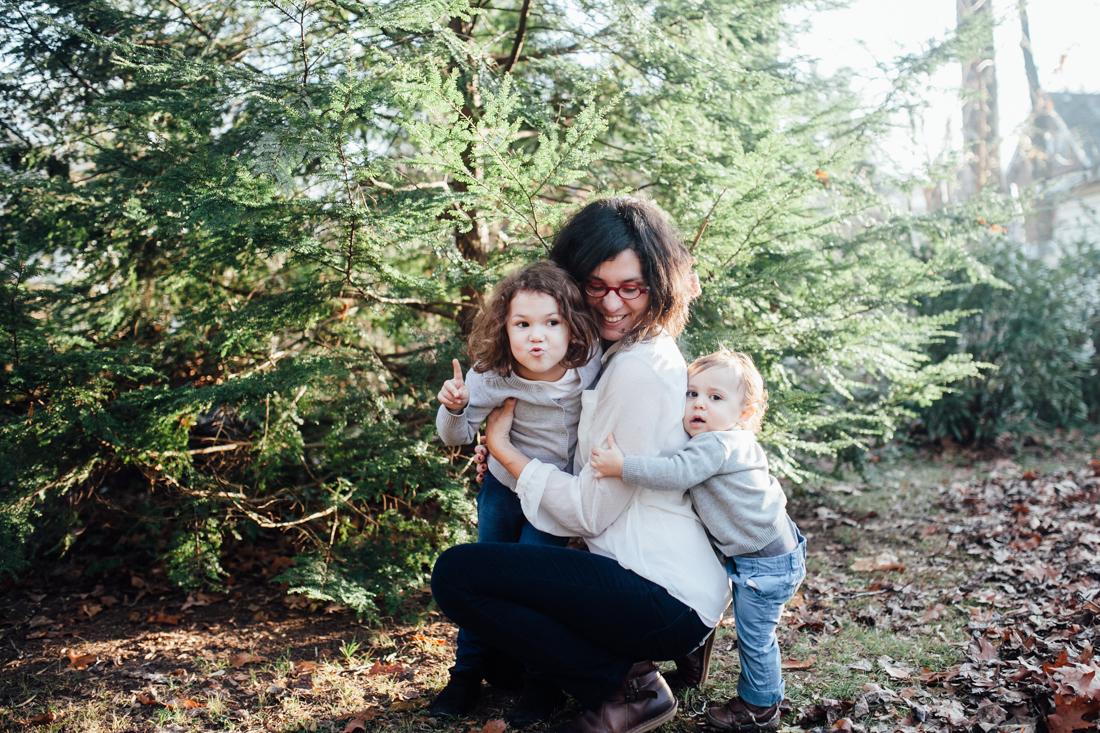 self portrait with kids by Juliette Fradin