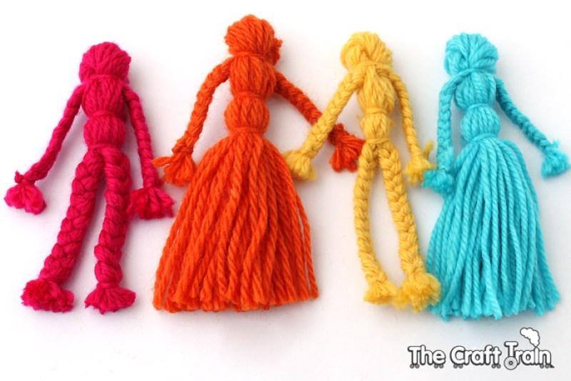 DIY yarn dolls