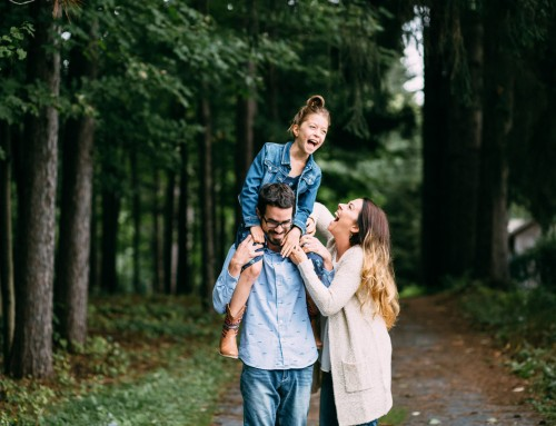 How to dress for a family photo session in the cooler months