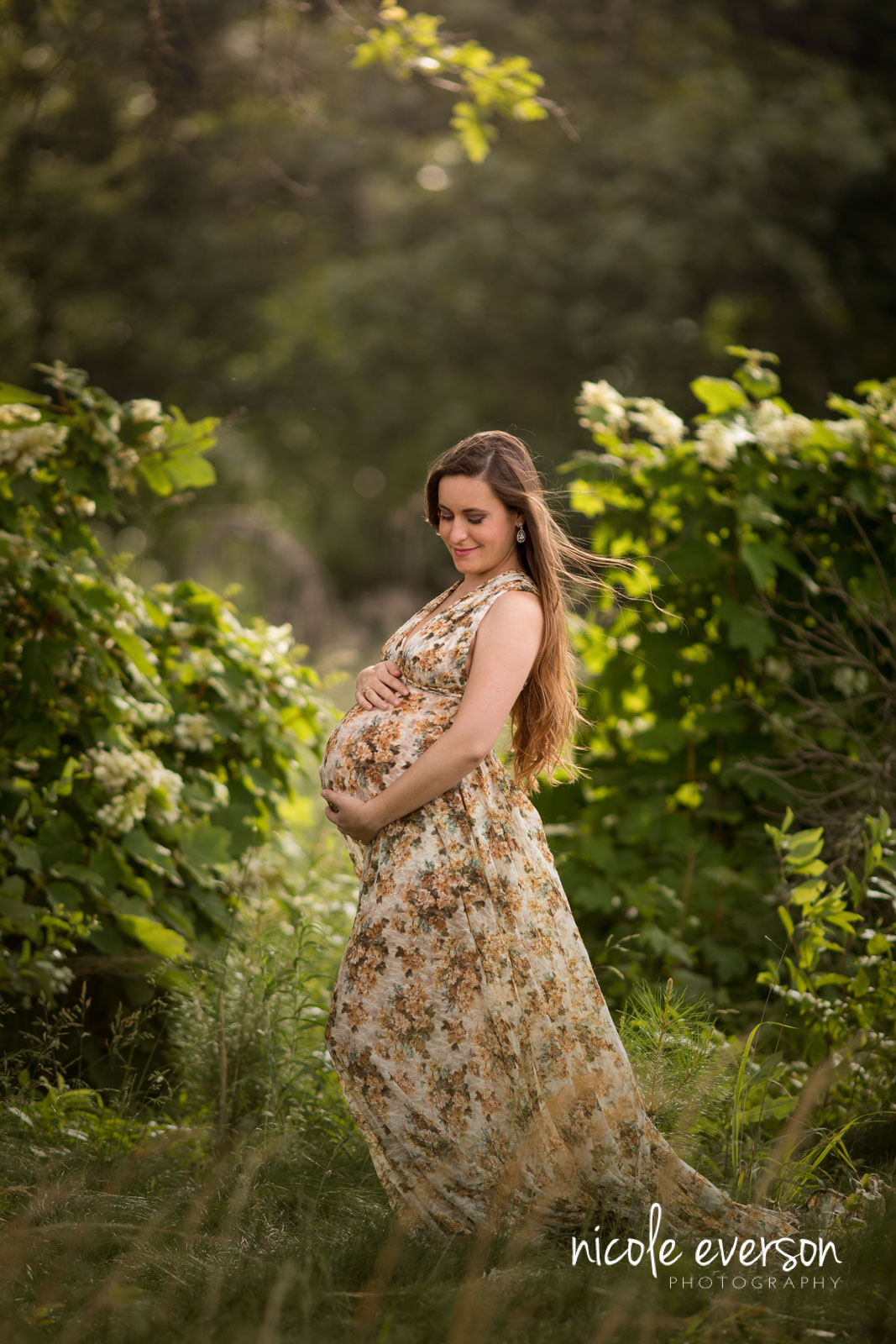 maternity poses portrait outdoor pose nicole mom everson posing favorite awkward belly twist leg diverse let down create mine another