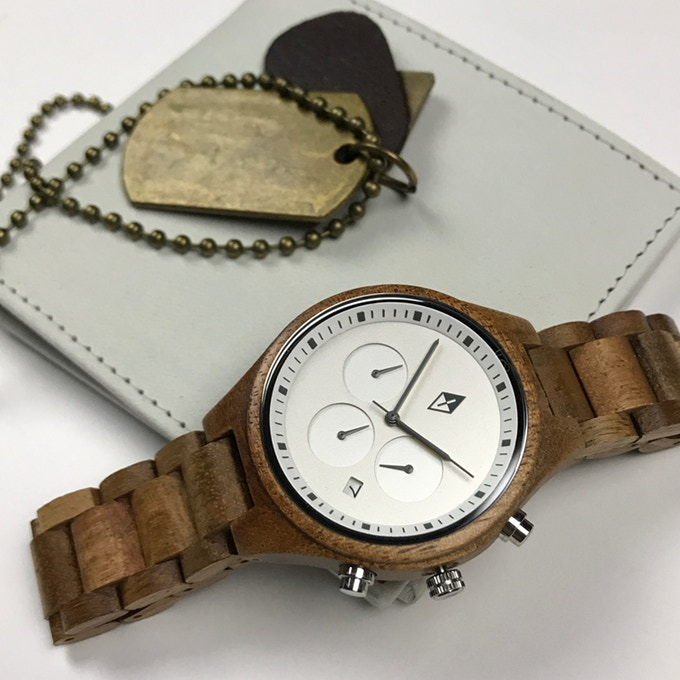 woodgrain watch