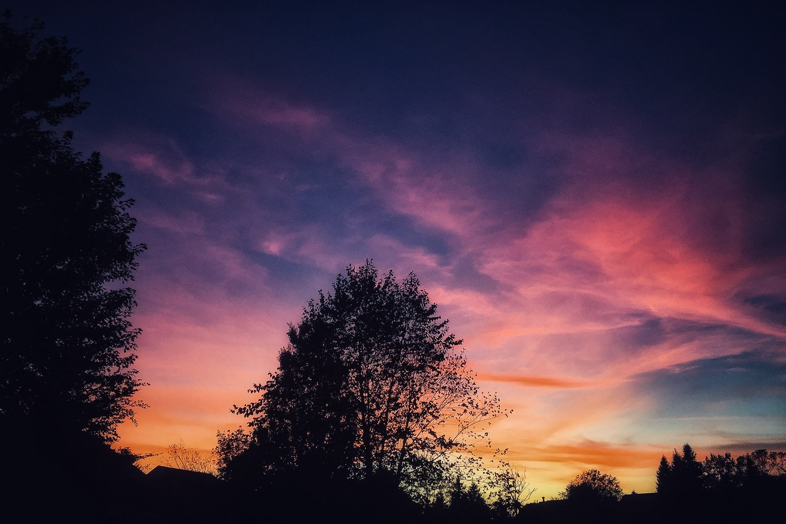 mobile image of a beautiful sunset