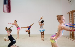 Dancers in a micro-composed image