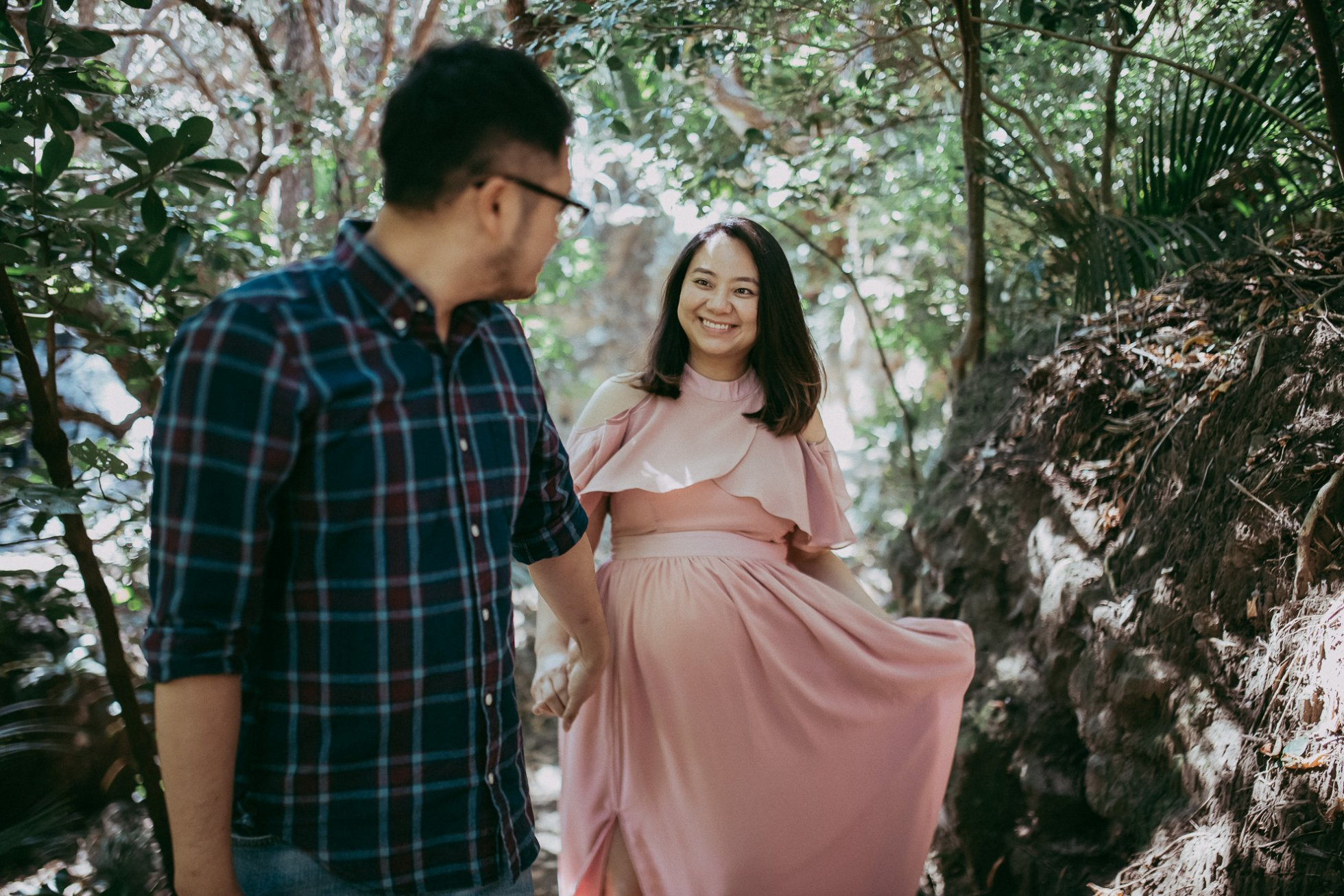Maternity image of couple smiling by Olga Levien