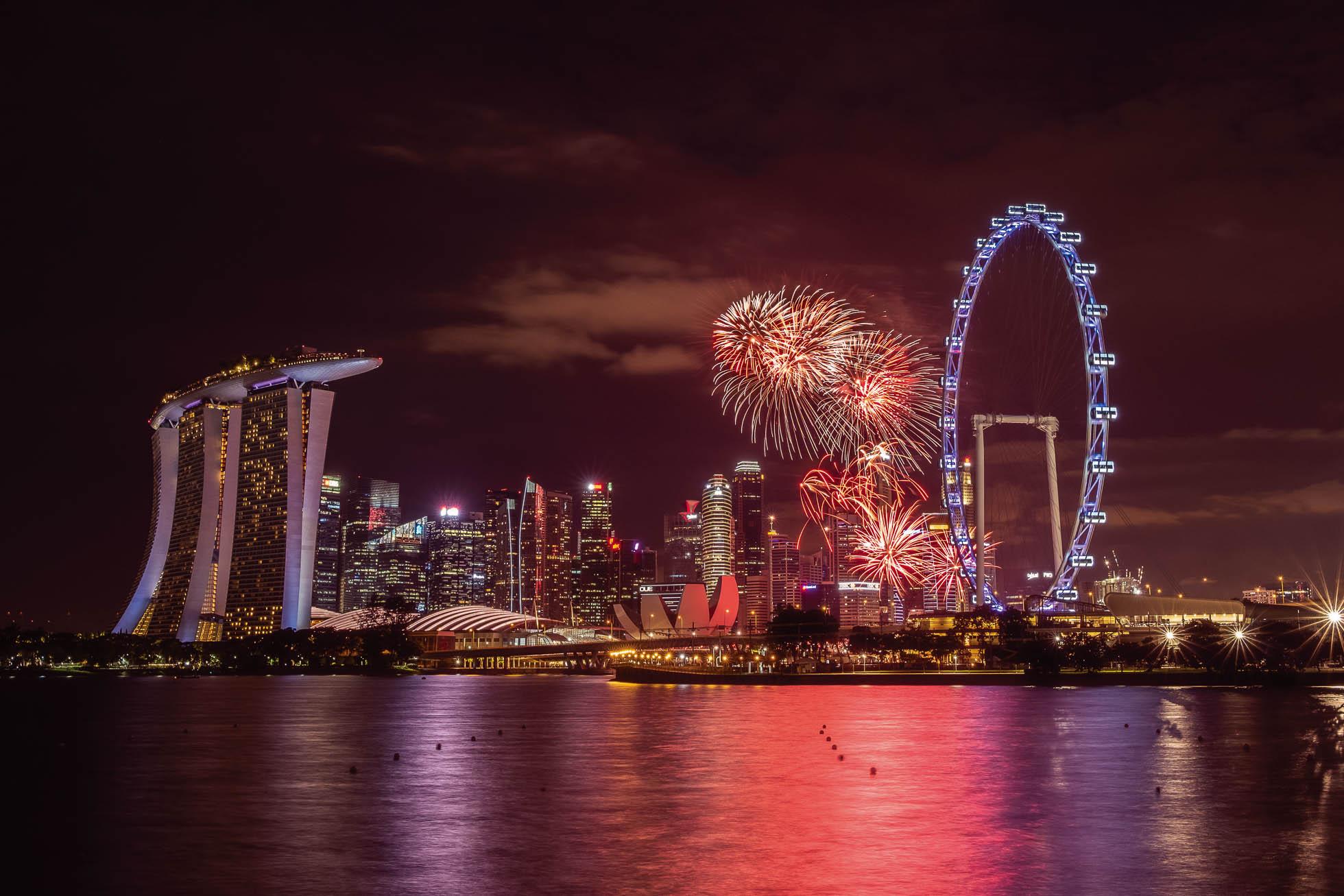 photographing fireworks by Shilpa Harolikar