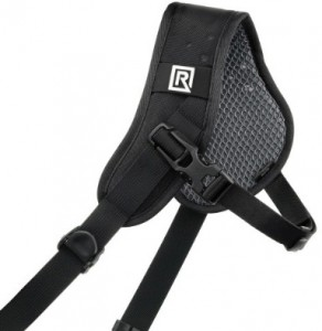 Rapid strap sport for hiking and travel photography