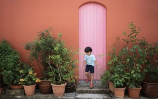 Colorful doors and how they create awesome photos