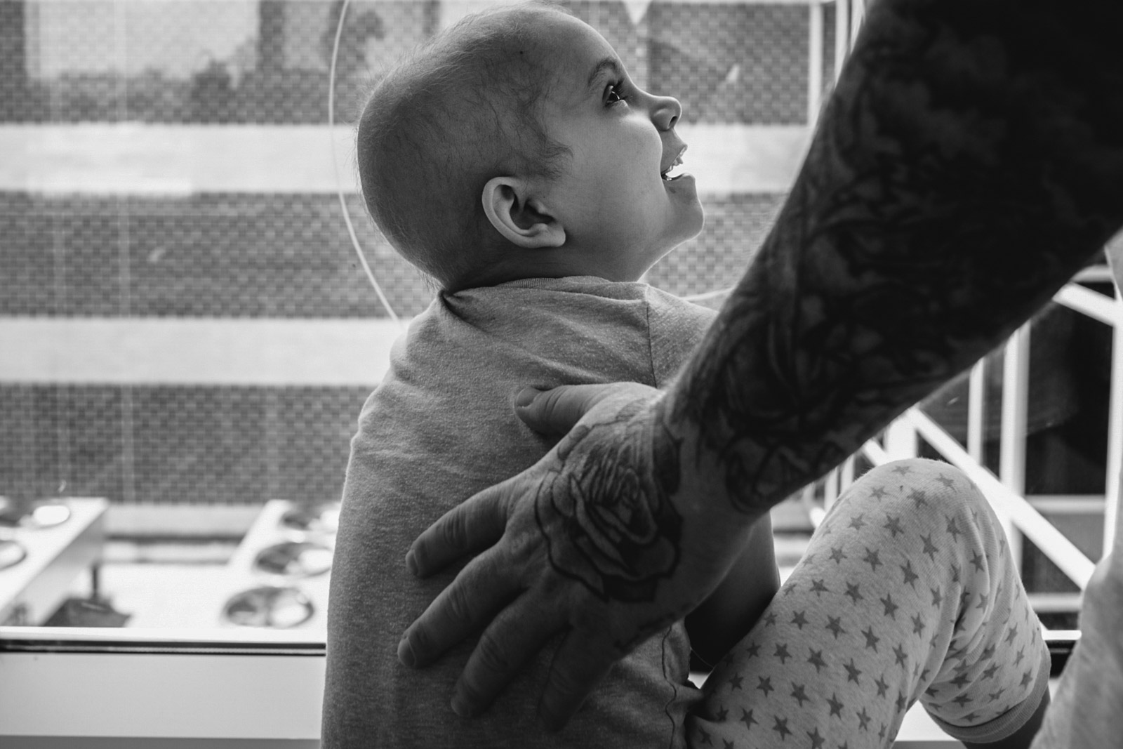 Giving through photography — photographing children with cancer