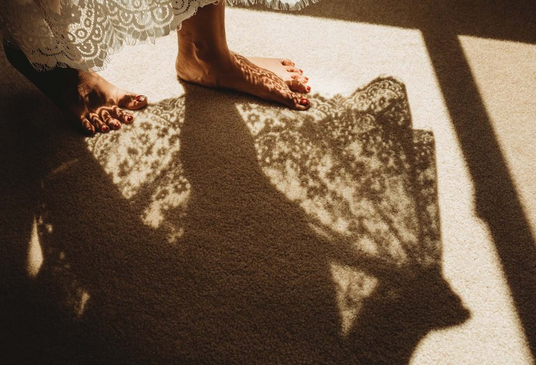 How to use harsh light in photography - shoot through lace