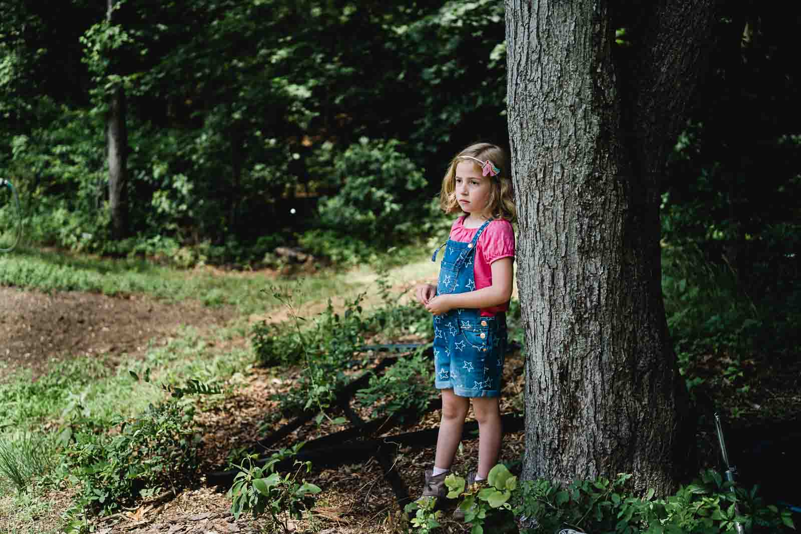 Pro review of the Zeiss Batis 40mm lens - outdoor photo of a girl
