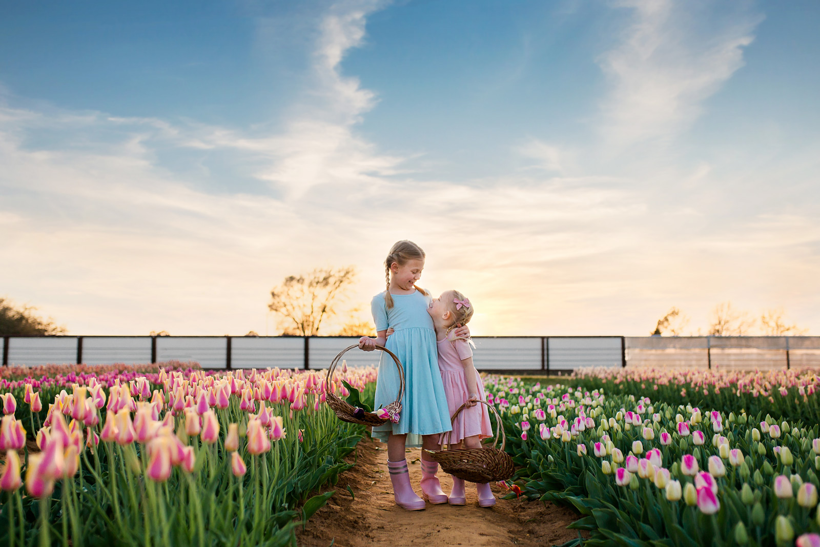 Two girls with flower baskets: Properly expose skies in photos