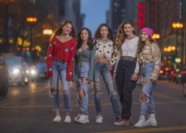 5 Girls in Chicago street by Audrey Woulard