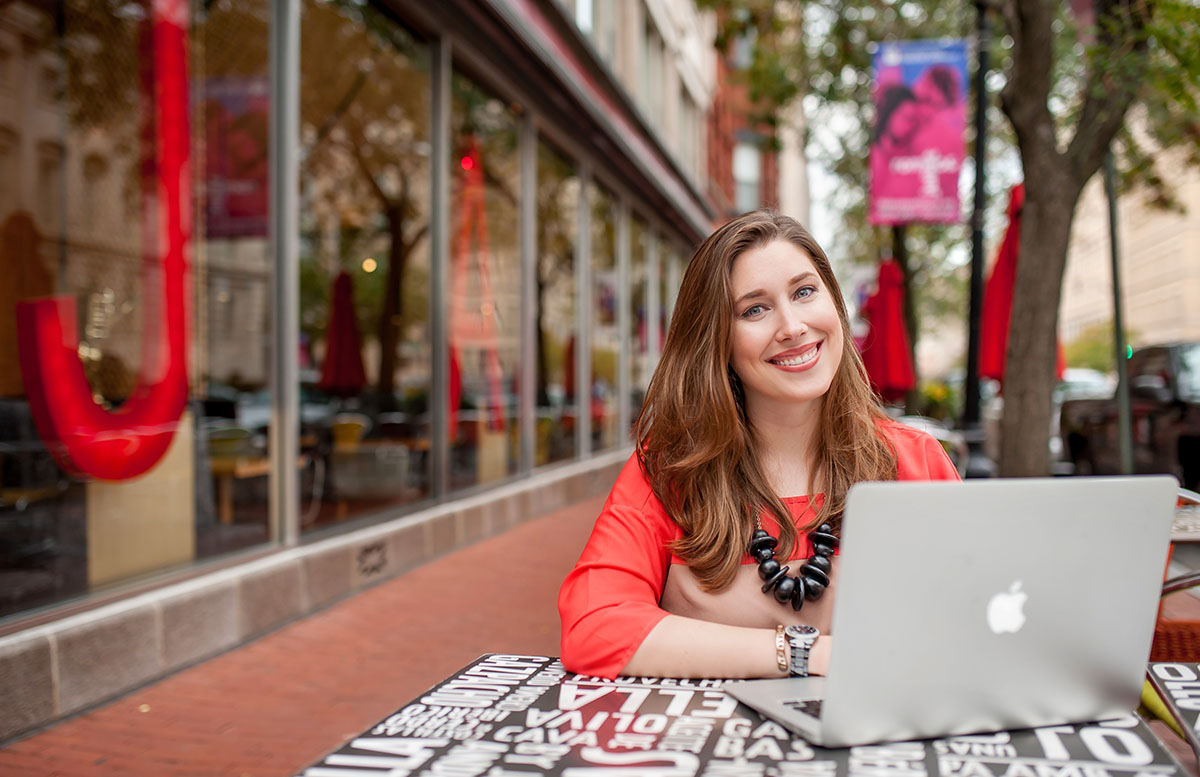Lifestyle business portrait of woman in city no computer