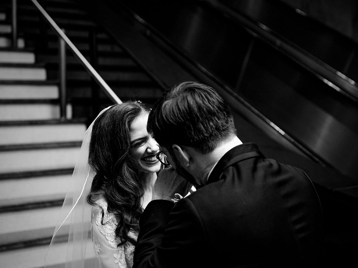 Black and white wedding photo taken with Fujinon GF45-100mm f/4 R LM OIS WR lens